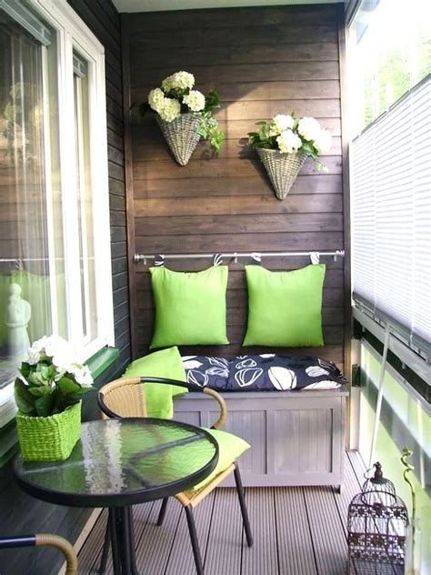 decorate  balcony   apartment