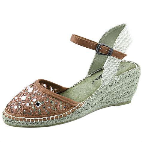 Sandal Wanita Wedges Clasik Sandal Pesta Casual Formal Coklat Gs womens shoes classic lace up summer dress oxford low flat heel casual sandal ebay