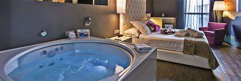 habitacion con jacuzzi catalu a hoteles con jacuzzi privado en la habitacion en catalu 241 a