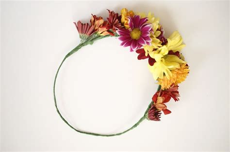 7 absolutely beautiful and adorable diy flower crown ideas