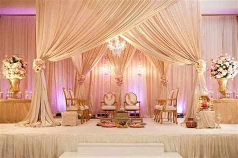 Wedding Album Design Course In Chennai by 10 Awesome Indian Wedding Stage Decoration Ideas Paperblog