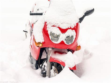 Motorrad Batterie Winter by Regen Sturm Schnee Motorrad Bayer Niederrieden