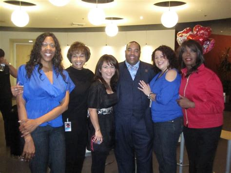 robbins brothers customer proposes to robbins brothers glendale customer mr bam surprises