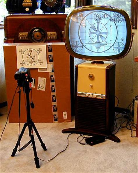 Philco Model 4654 Predicta Television (1958)
