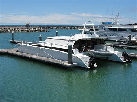 sailing catamaran outboard exciting new eps thruster propulsion page 5 boat