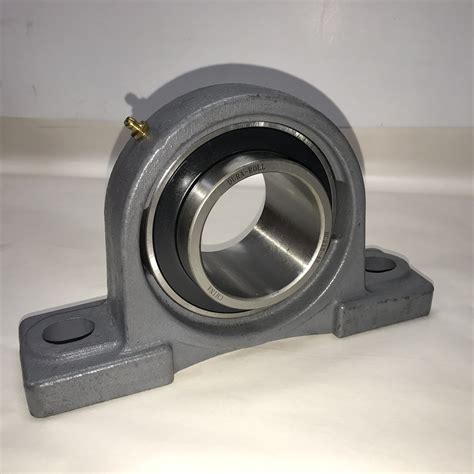 Pillow Block Bearing Ucfl 215 48 Asb 3 Inch 3 quot pillow block bearing missing the locking collar bargain bin www surpluscenter