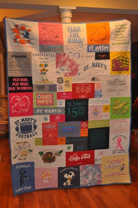 t shirt quilt pattern with different size blocks t shirt quilt i like this version with different sized