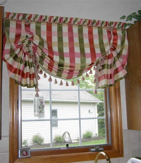 how to make balloon shade curtains 17 best ideas about balloon curtains on pinterest