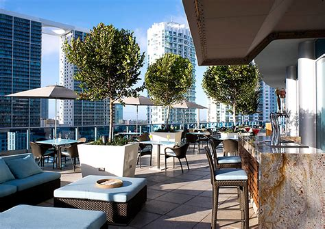 Outdoor Fine Dining of Area 31 Restaurant in Downtown