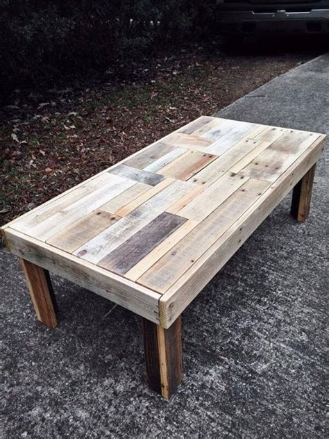 Wooden Pallet Coffee Tables 12 Diy Antique Wood Pallet Coffee Table Ideas Diy And Crafts