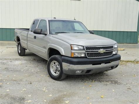 sell used 2005 chevrolet duramax diesel 4x4 2500 hd needs work in holt missouri united states