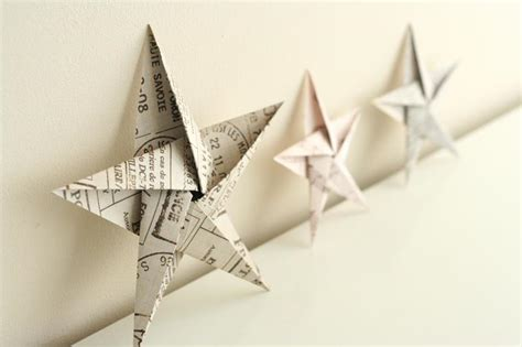 Simple Origami Decorations - folding 5 pointed origami ornaments
