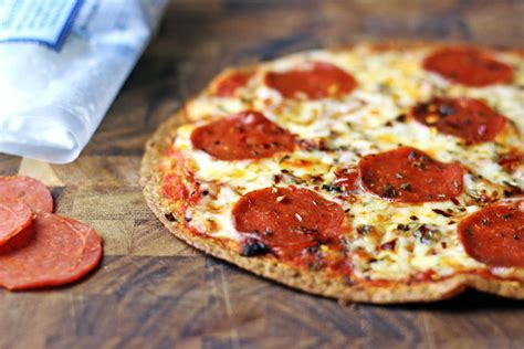 Tortilla Pepperoni Pizza (Only 6 WW Points!)   Dinner