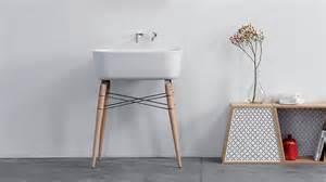 Lovely Petite Vasque Salle De Bain #14: 07604929-photo-lavabo-design-en-ceramique-bois-et-metal-lovely-market.jpg