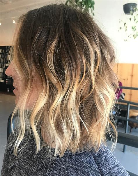 Mid Length Wavy Hairstyles by Wavy Mid Length Chic Hairstyles 2018