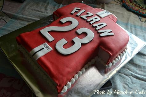 jersey cake pattern manchester united football jersey cake cake design ideas