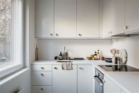 Small Kitchens With White Cabinets by Small All White Kitchen K I T C H E N S