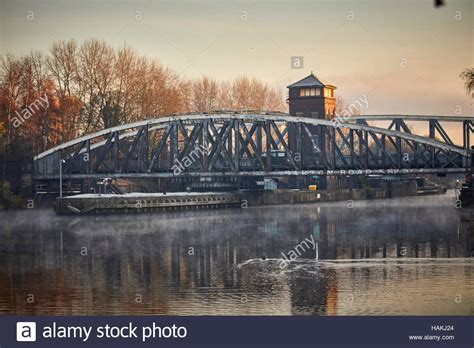 swinging bridge trafford barton road swing bridge road bridge manchester ship canal