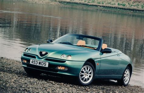 Alfa Romeo Spider Review by Alfa Romeo Spider Convertible Review 1996 2004 Parkers