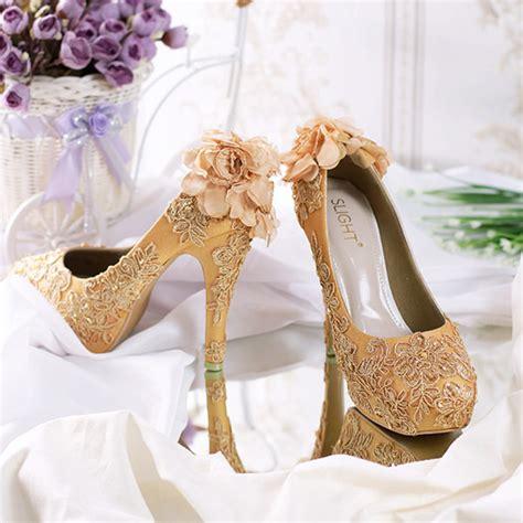sepatu platform wedding brukat pompom emas slightshop