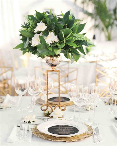 centerpiece ideen 75 great wedding centerpieces martha stewart weddings