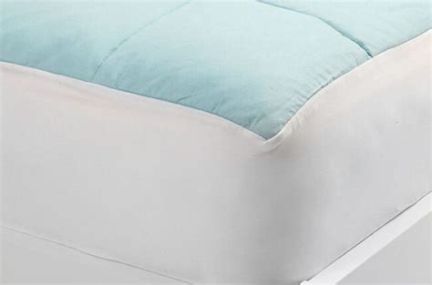 Cool Mattress Pad Reviews by Slumber Cloud Nacreous Mattress Pad Review Cooling
