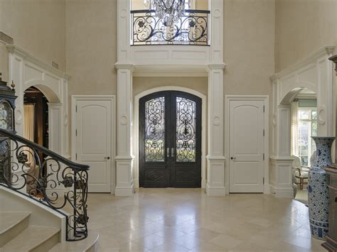 Marble Door Dallas Tx by Update Dallas A Central Hub For Market And Real Estate