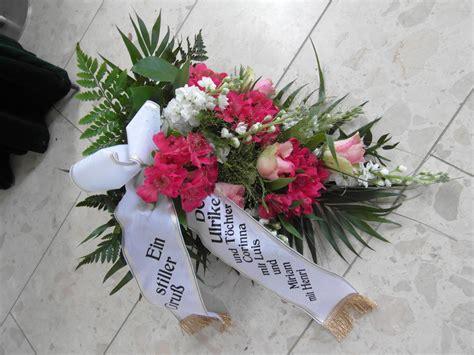 urnengrab kerzenhalter dekoration und trauerfloristik f 252 r trauerf 228 lle chemnitz