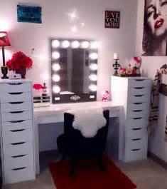 Black Makeup Vanity With Drawers Dramatic Vanity Room Ideas Vanity Hollywood