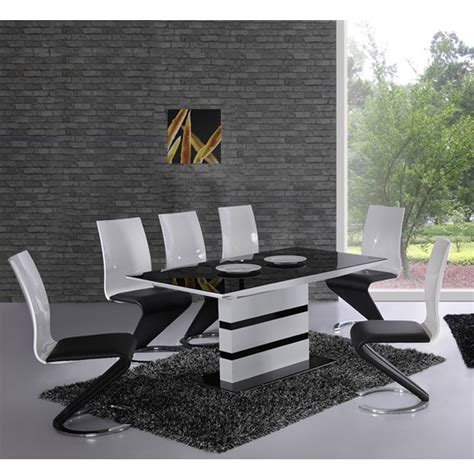 Chaise De Table Design by Deco In Table 6 Chaises Design Noir Et Blanc Elyse