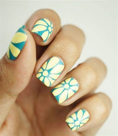 Easy Nail Designs For Beginners by 45 Easy Flower Nail Designs For Beginners