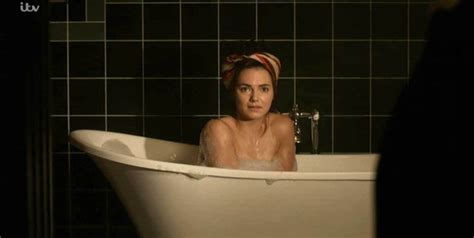 mirrors 2 bathroom scene the halcyon didn t need to show kara tointon s bum to go looking for column inches