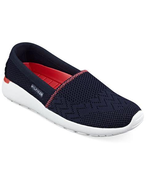 tommy hilfiger womens tavia slip  sneakers  blue