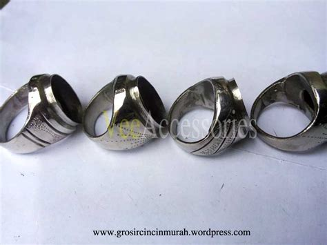 Ring Emban Monel Motif Pasir jual grosir ring emban cincin monel baja putih model