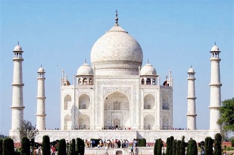 biography of taj mahal in hindi taj mahal gets board in braille for blind tourists news