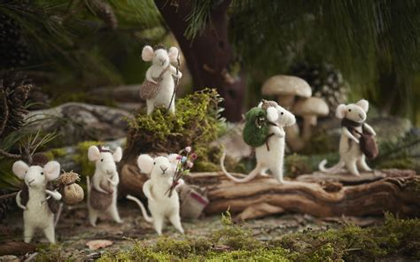 tree ornaments traveling mouse set of 6