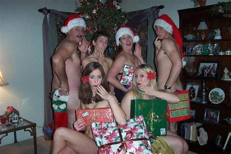These Christmas Family Photos Are The Most Awkward You Ll See Today Mirror Online