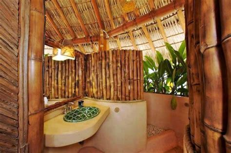Bamboo Themed Bathroom | 17 bamboo themed bathrooms for cozy shower experience