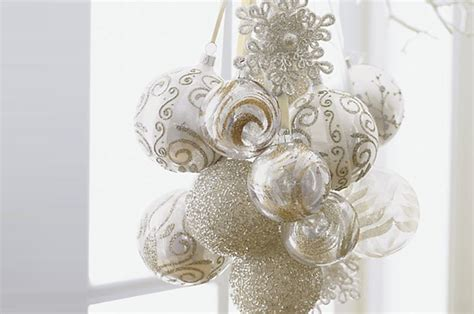 white winter wonderland theme for the holiday season at