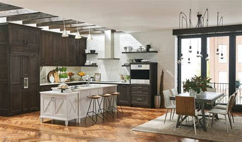 Medallion Cabinetry Middleton And Amesbury Kitchen Cabinets