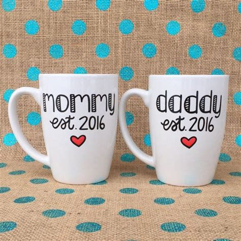 Gift Ideas For New Parents - 25 best ideas about new parent gifts on baby