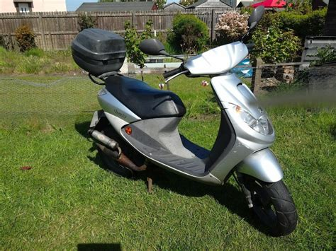 scooter moped peugeot vivacity  scooter cc  leven fife gumtree