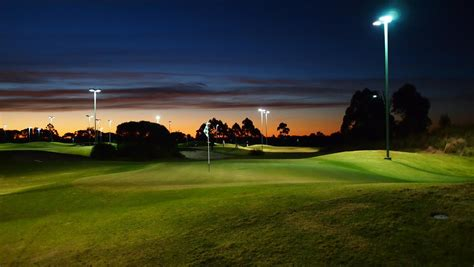 Play Golf Day and Night   Terrey Hills Par3 Pitch and Putt