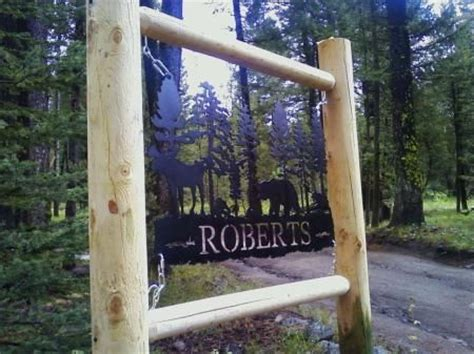 images  cabin signs  pinterest wooden