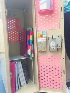 girly locker wallpaper locker organization locker organizer this adorable and