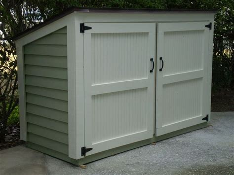 Trash Can Storage Shed by 1000 Ideas About Hide Trash Cans On Garbage