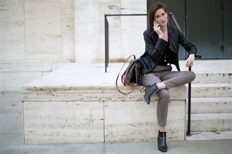 first date outfits for 50 year olds what to wear on a first date and why it matters stylecaster