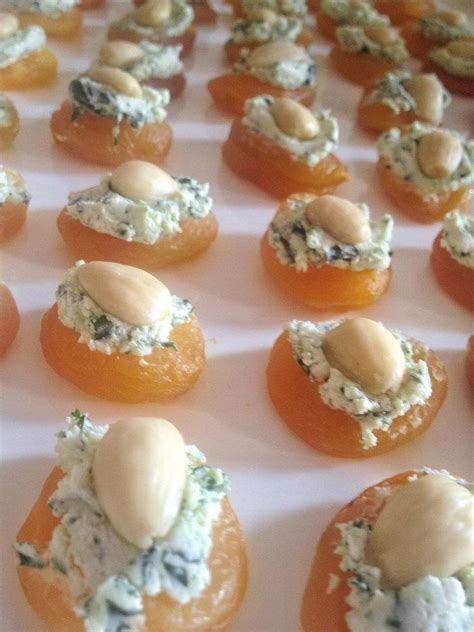 goats cheese canape recipes apricot goat cheese canapes hors d oeuvres