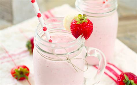nourish discover god s perfectly balanced plan for your and soul books strawberry banana smoothie dashing dish