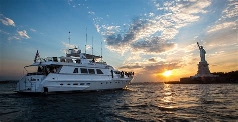 party boat cruise new york city del rio yacht charter new york city wedding boat party